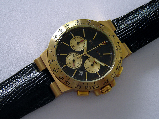 BULGARI GOLD CHRONOGRAPH - Ø 39mm.