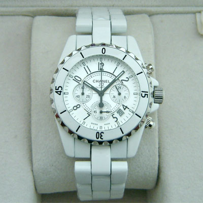 CHANEL J12 WHITE QUARTZ CHRONOGRAPH - Ø 40mm