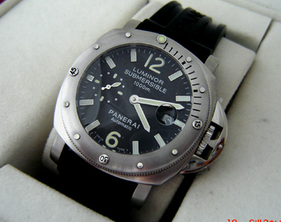 PANERAI LUMINOR SUBMERSIBLE 316L -P14