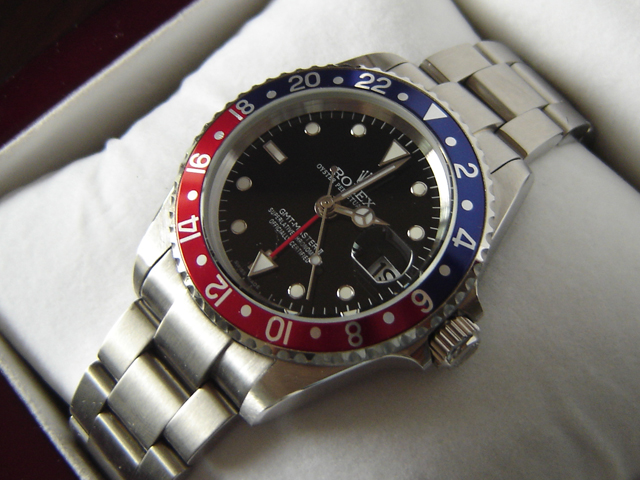 GMT MASTER II BLUE/RED BEZEL