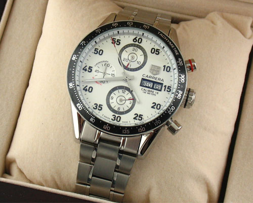 CARRERA CALIBRE 16 WHITE DIAL. Ø 42mm.